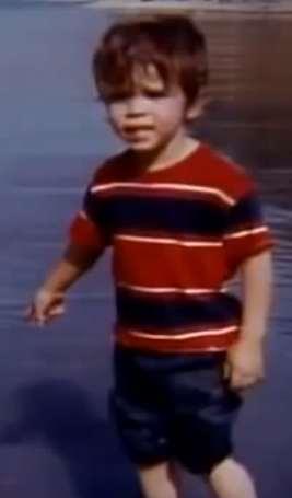 tony-robbins-dziecinstwo