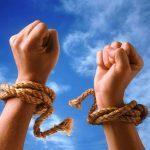 7 błędnych przekonań, które blokują Cię przed osiągnięciem sukcesu.