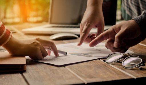 Etapy sprzedaży – wstęp i badanie potrzeb