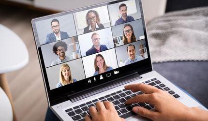 Przemawianie w świecie internetu